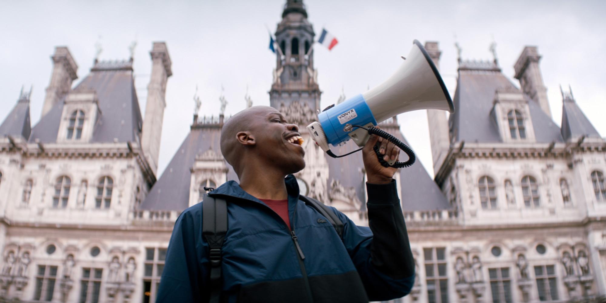 """Jean-Pascal Zadi : avec """"Tout simplement Noir"""", """"Je voulais raconter l'identité noire française"""""""
