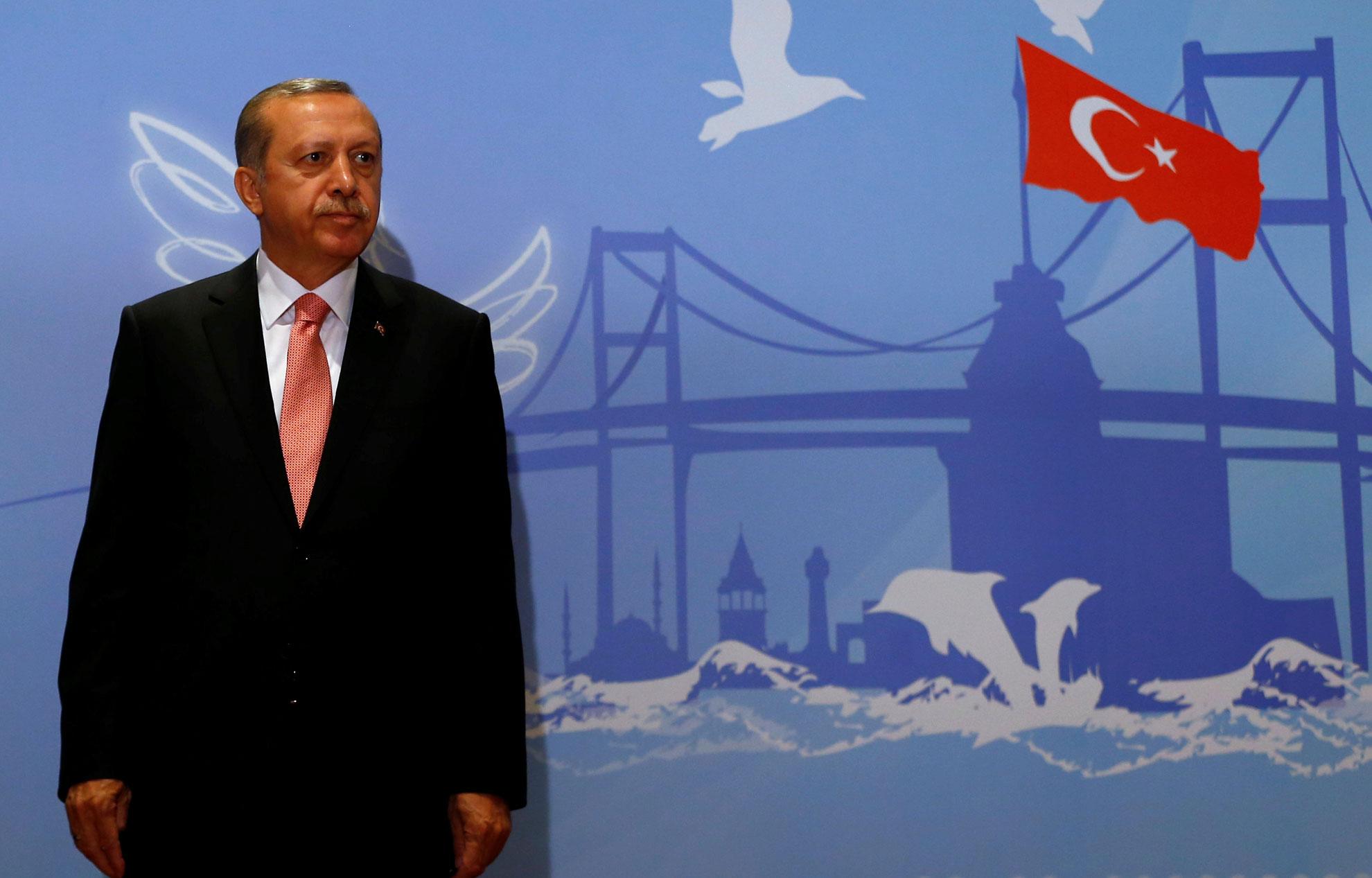 Turquie : Erdogan aux portes des pleins pouvoirs
