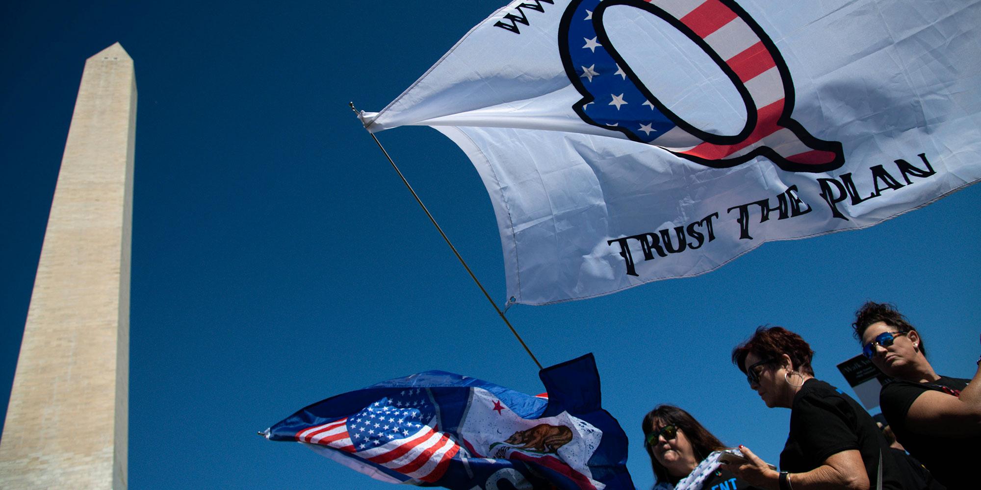 Elections US sous tension - Page 9 QAnon-est-banni-de-Facebook-mais-la-bataille-contre-les-theories-du-complot-n-est-pas-gagnee