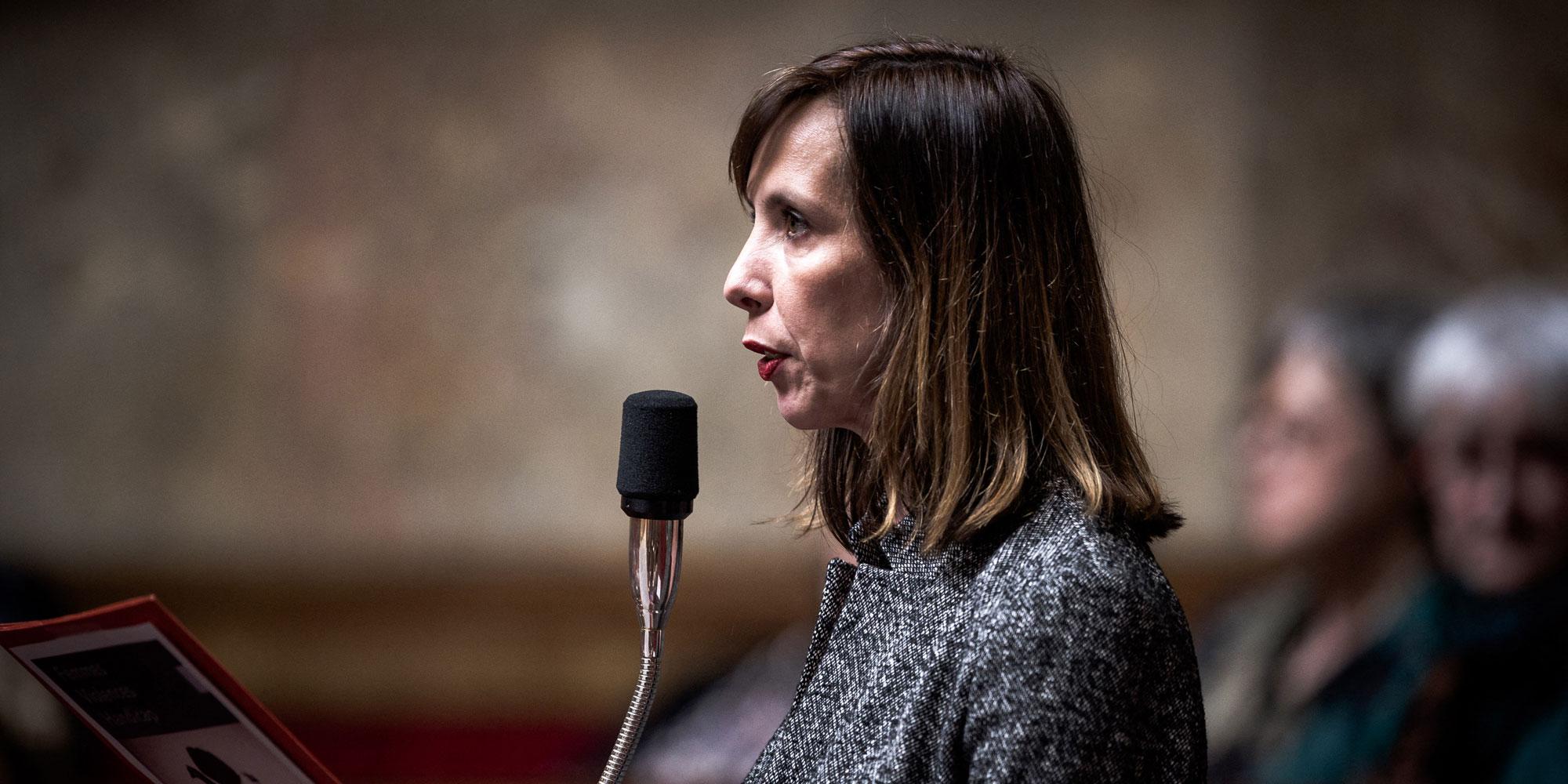 """Allongement du délai de l'IVG : la députée Albane Gaillot """"en appelle à la responsabilité du gouvernement"""""""