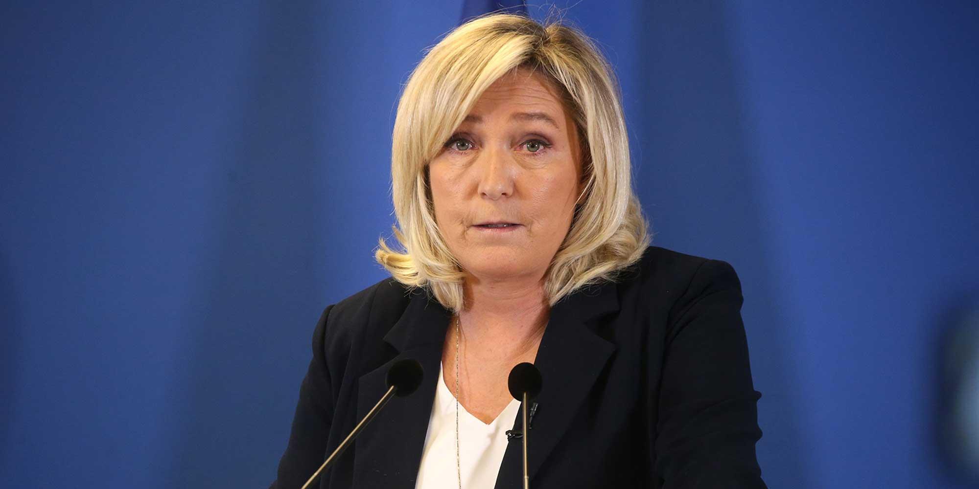 Comment le Covid-19 et l'Union européenne ont offert à Marine Le Pen un répit judiciaire