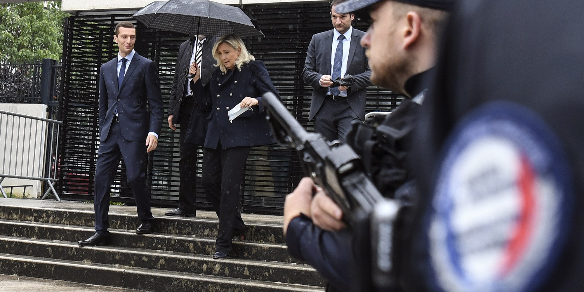 Comment le parti de Marine Le Pen avance ses pions dans la police