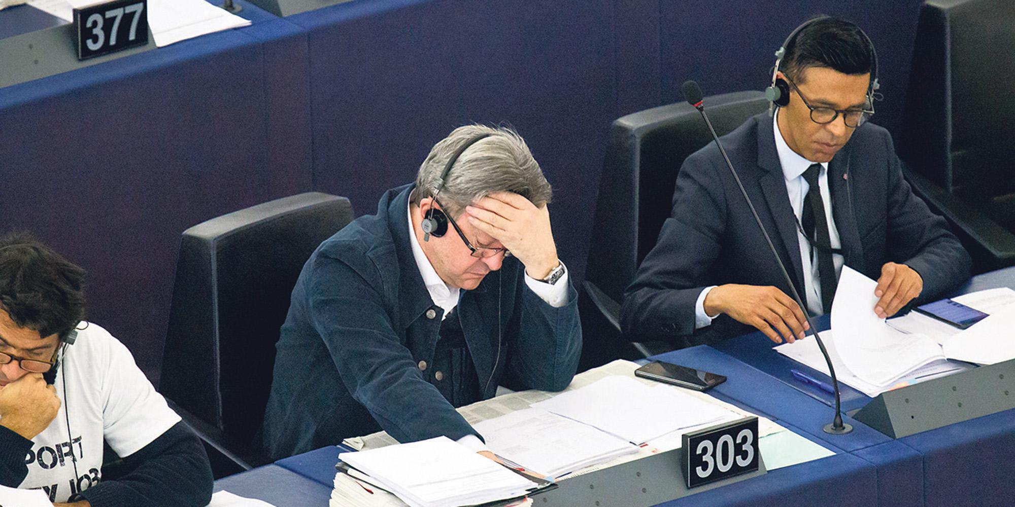 Les enquêtes judiciaires concernant Jean-Luc Mélenchon avancent à petits pas