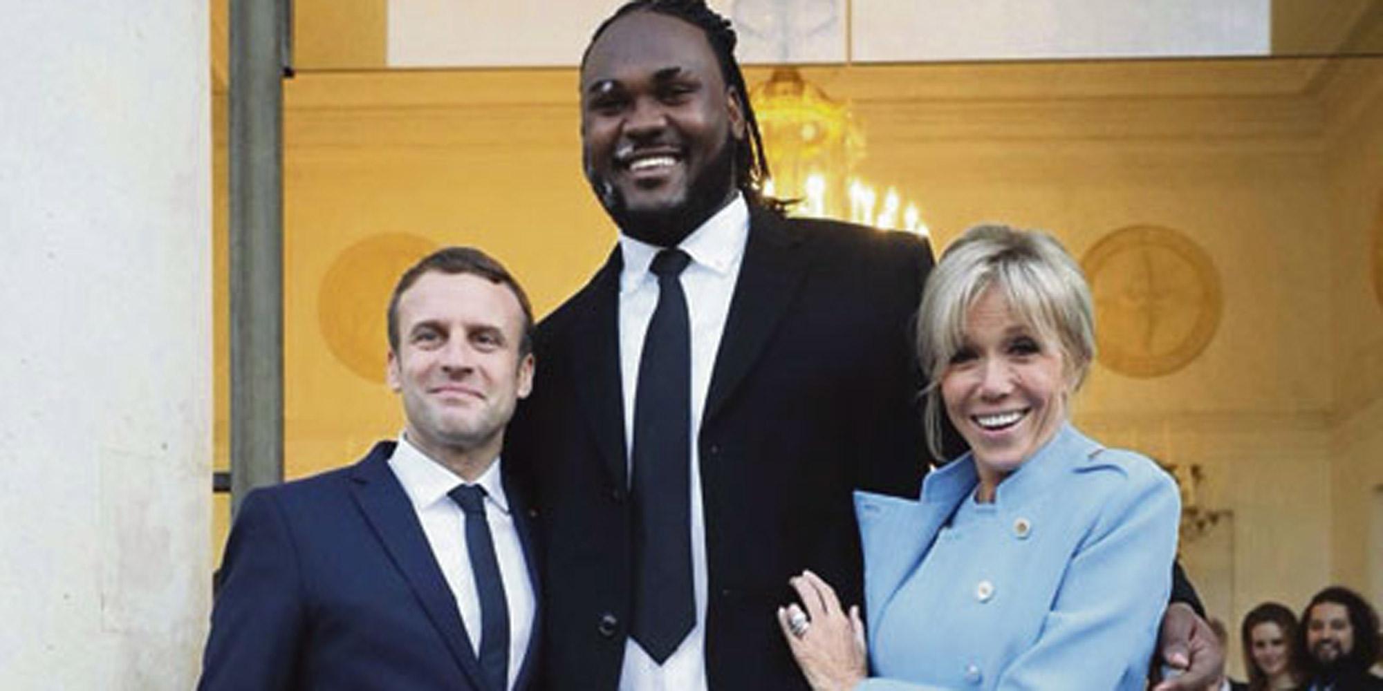 Makao 2 13 M 140 Kg L Ex Garde Du Corps D Emmanuel Macron Se Confie