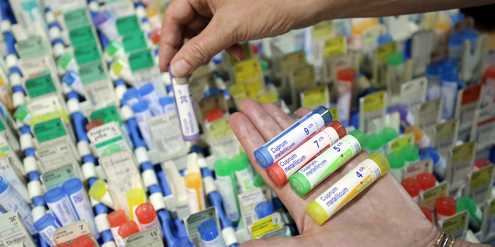 TRIBUNE. 45 députés s'opposent au déremboursement de l'homéopathie
