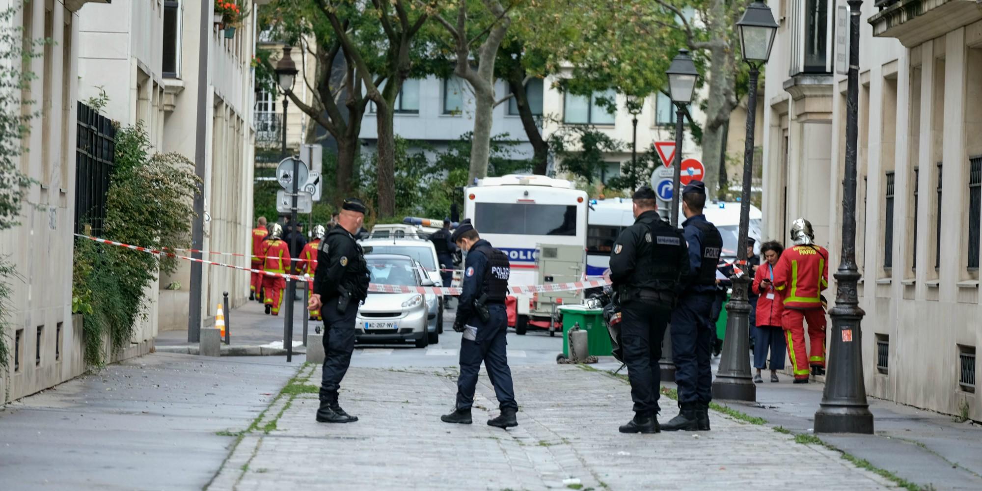 """Attentat à Paris : """"Le niveau de menace reste élevé"""", estime Jean-Charles Brisard"""