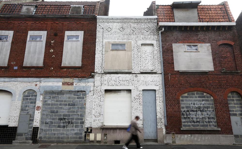 """Trois choses à savoir sur les """"maisons à 10 euro"""""""