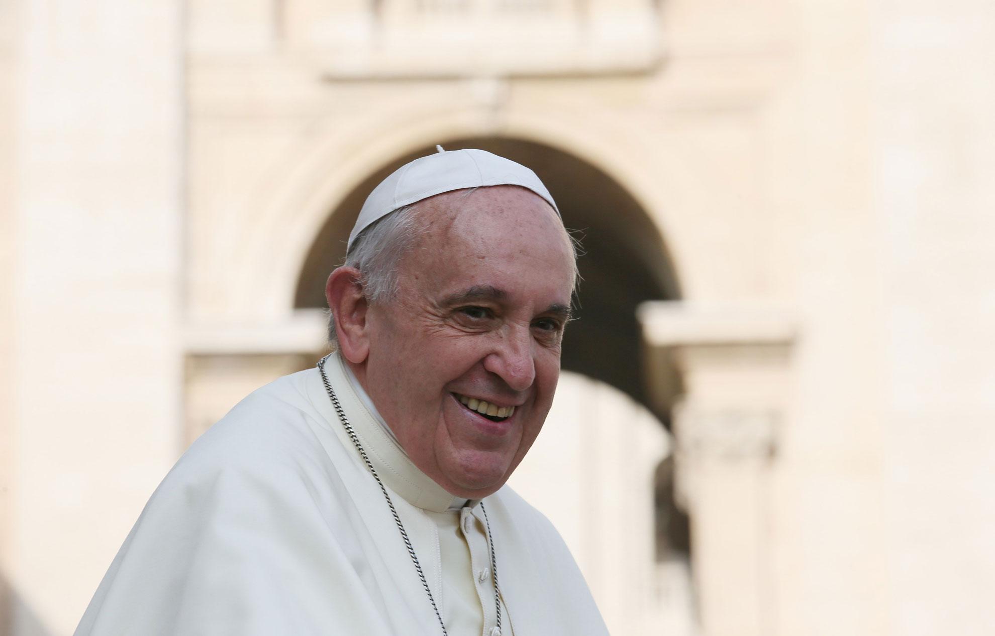 """Le pape François a-t-il parlé d'""""invasion musulmane"""" en France comme le dit Morano?"""