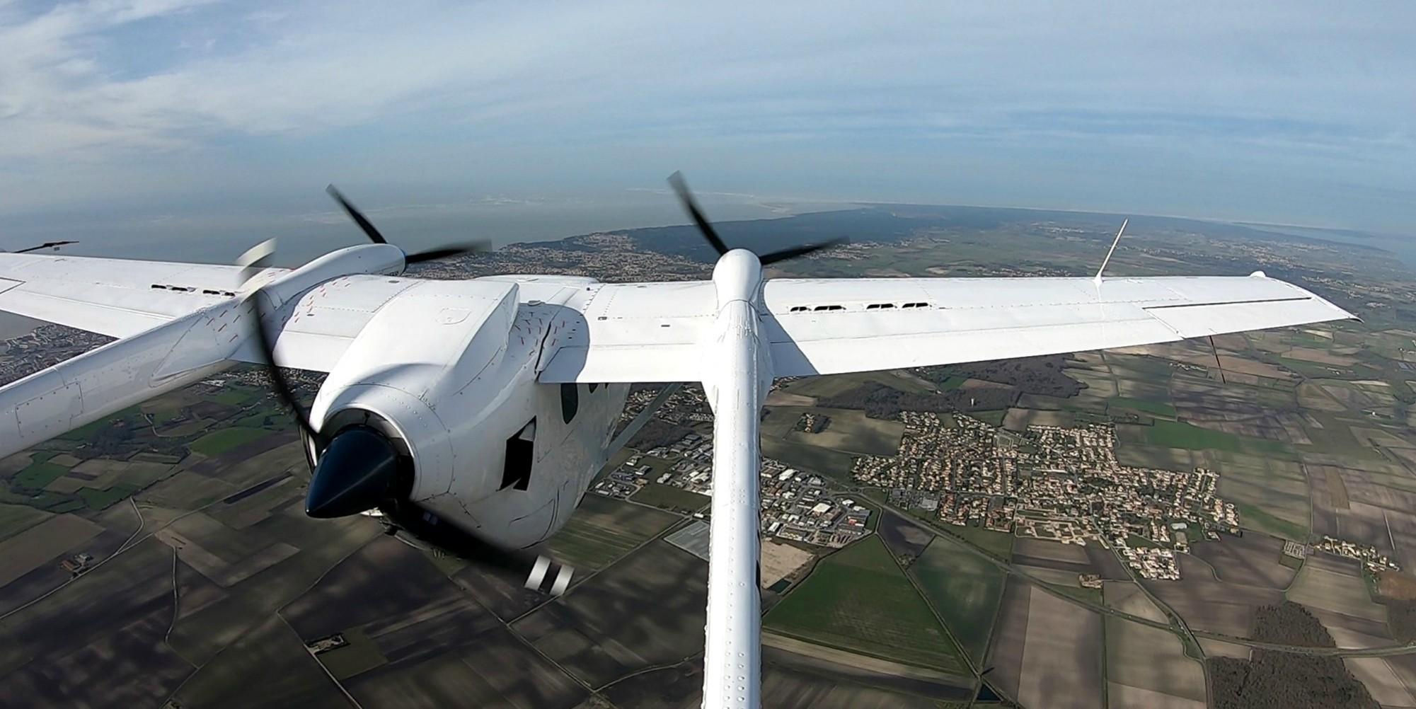 """Un avion hybride électrique pour """"relancer"""" l'aviation française"""